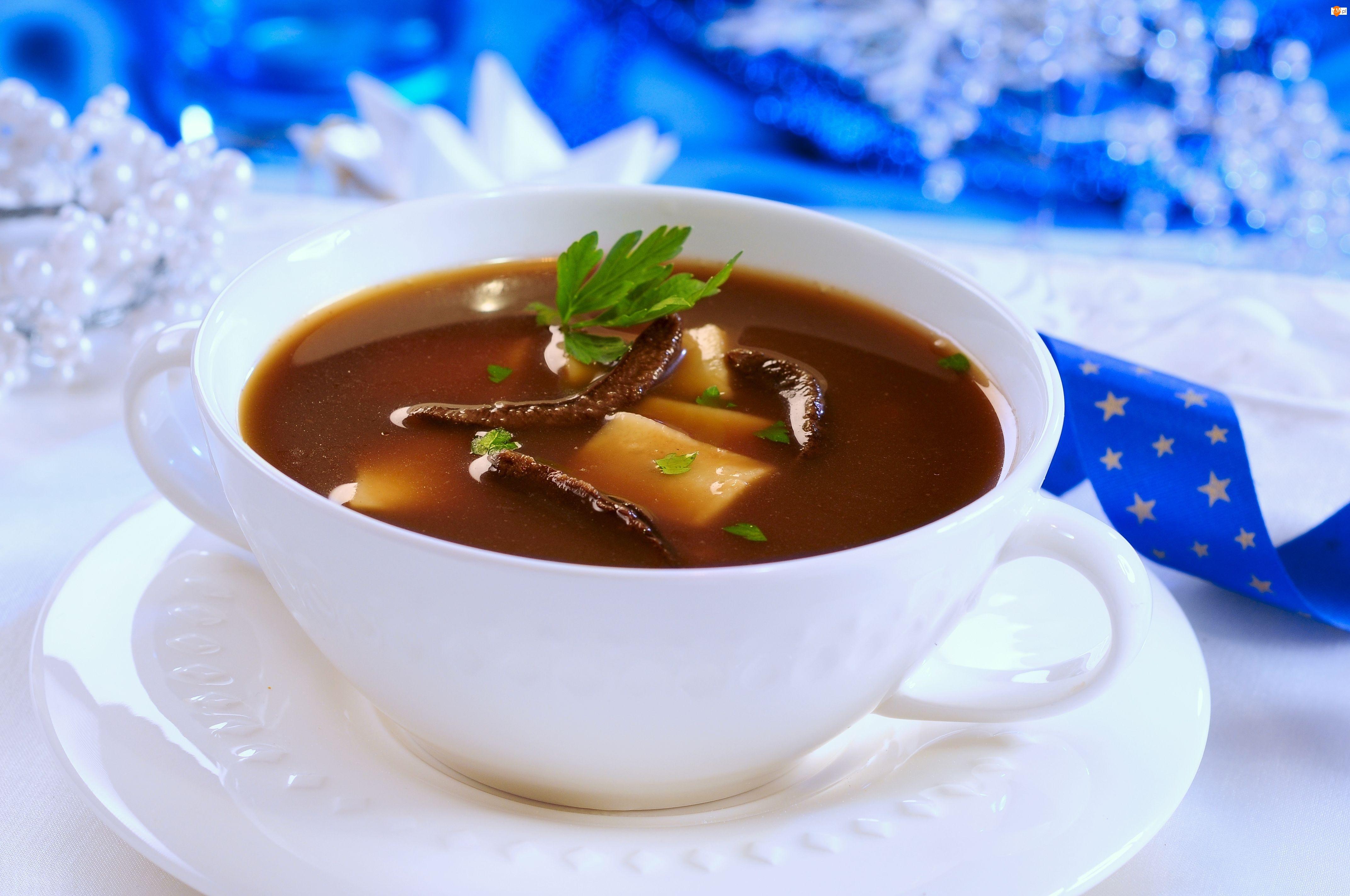 Zupa Grzybowa, Filiżanka