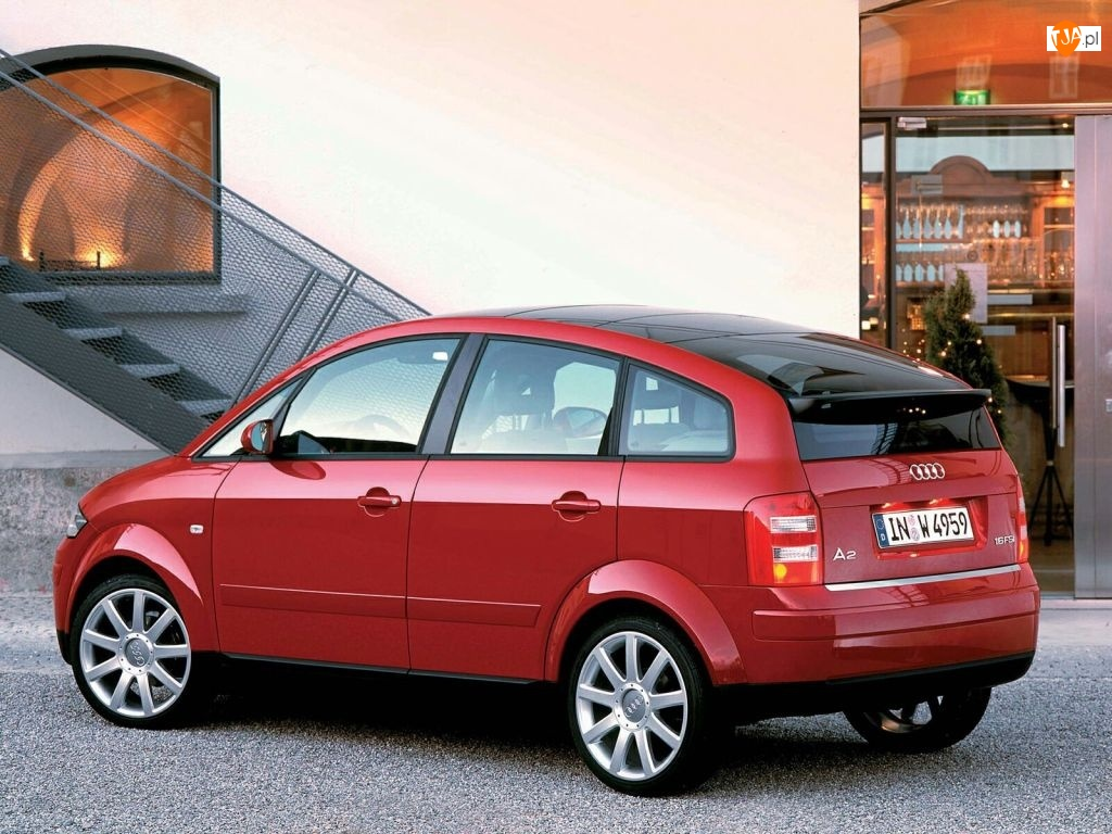 Czerwone, Audi A2