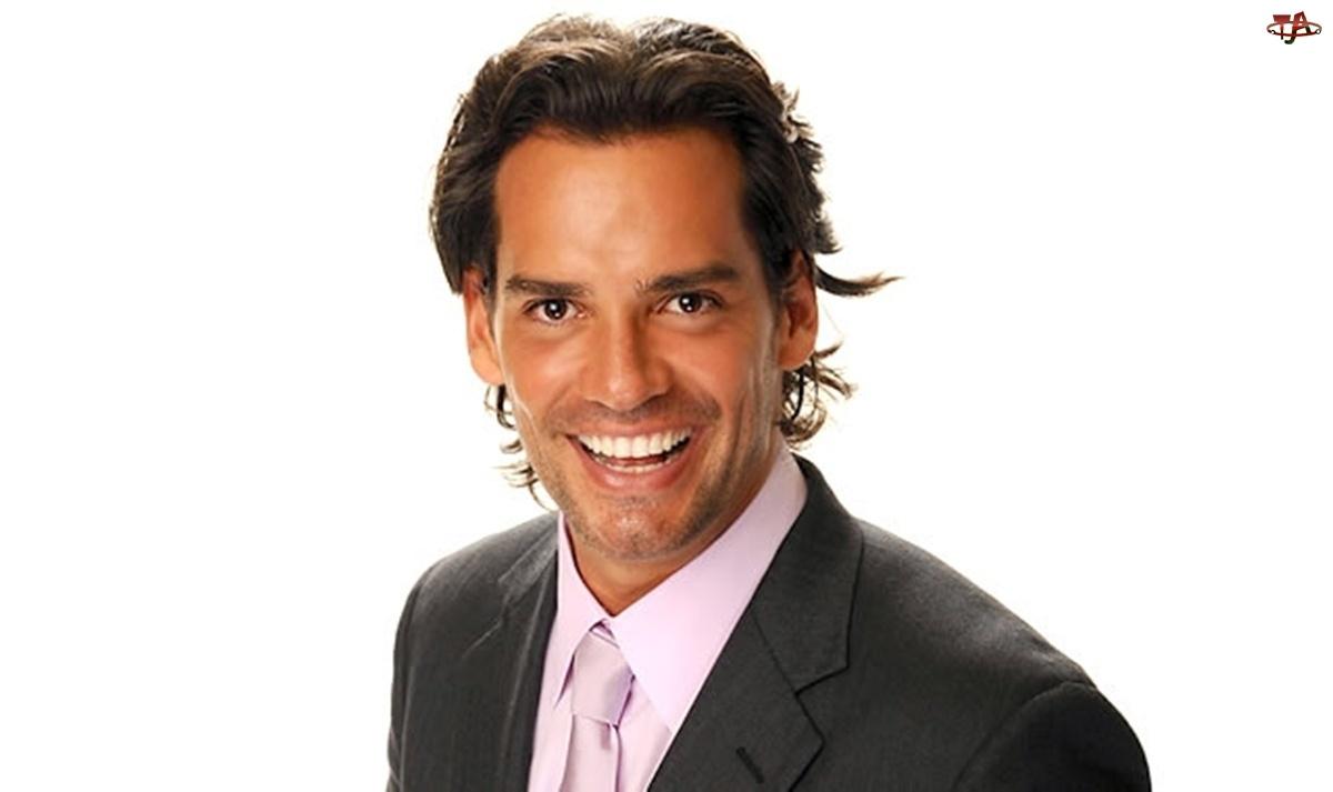 Usmiech, Cristian de la Fuente