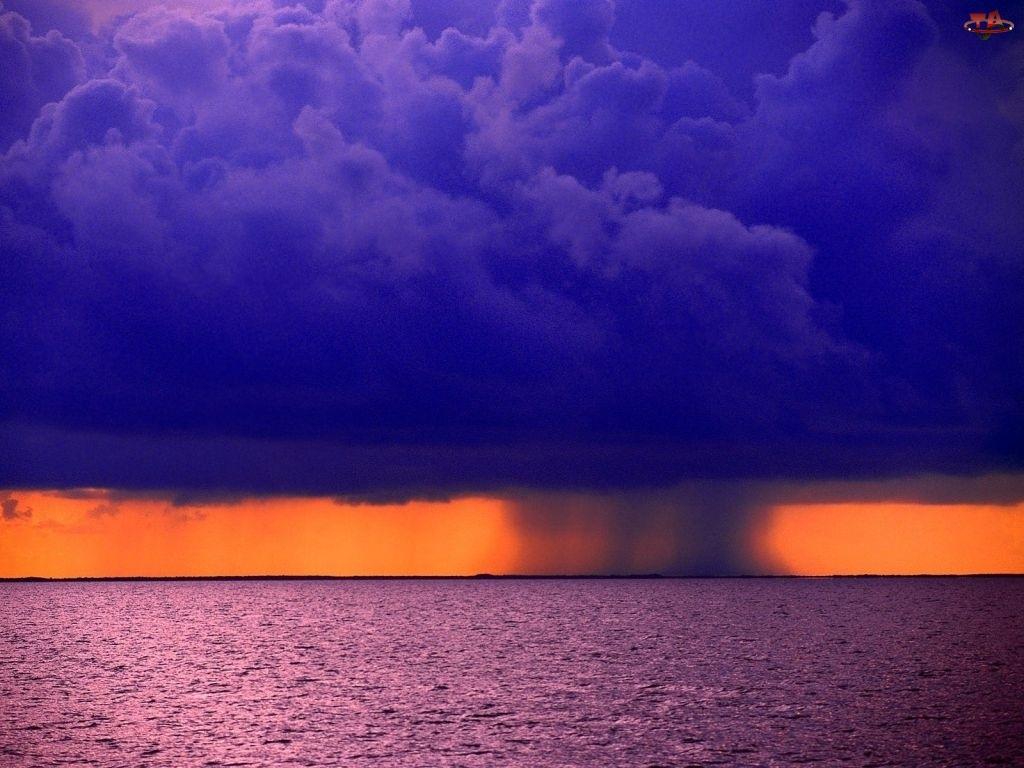 Burza, Morze
