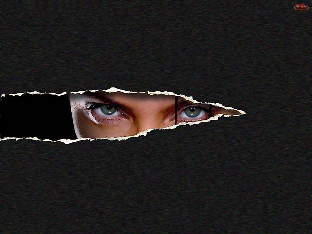 oczy, Film Tomb Raider