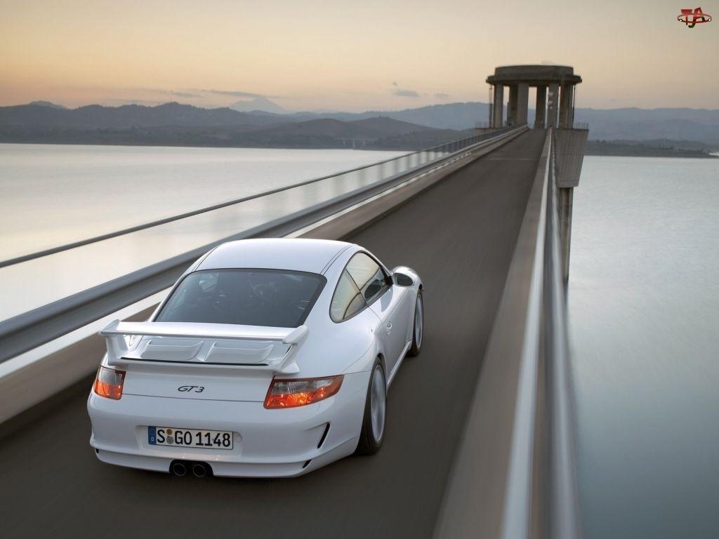 GT3 na moście