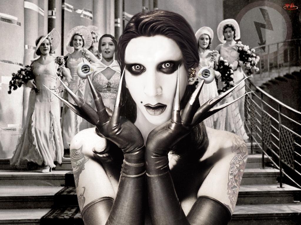 Marilyn Manson, Pazury