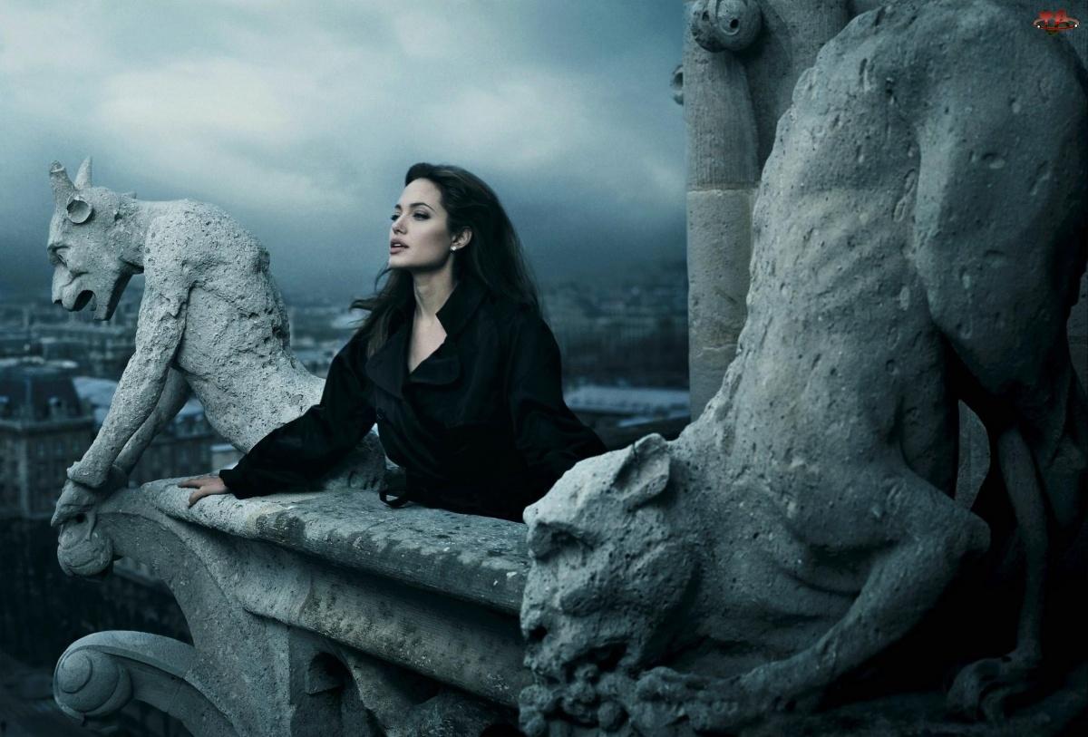 Balkon, Aktorka, Angelina Jolie