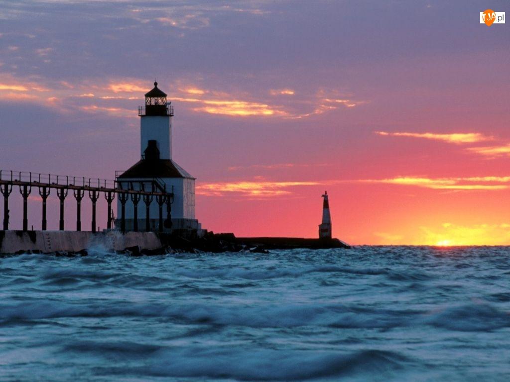Zachód Słońca, Latarnia morska, Fale