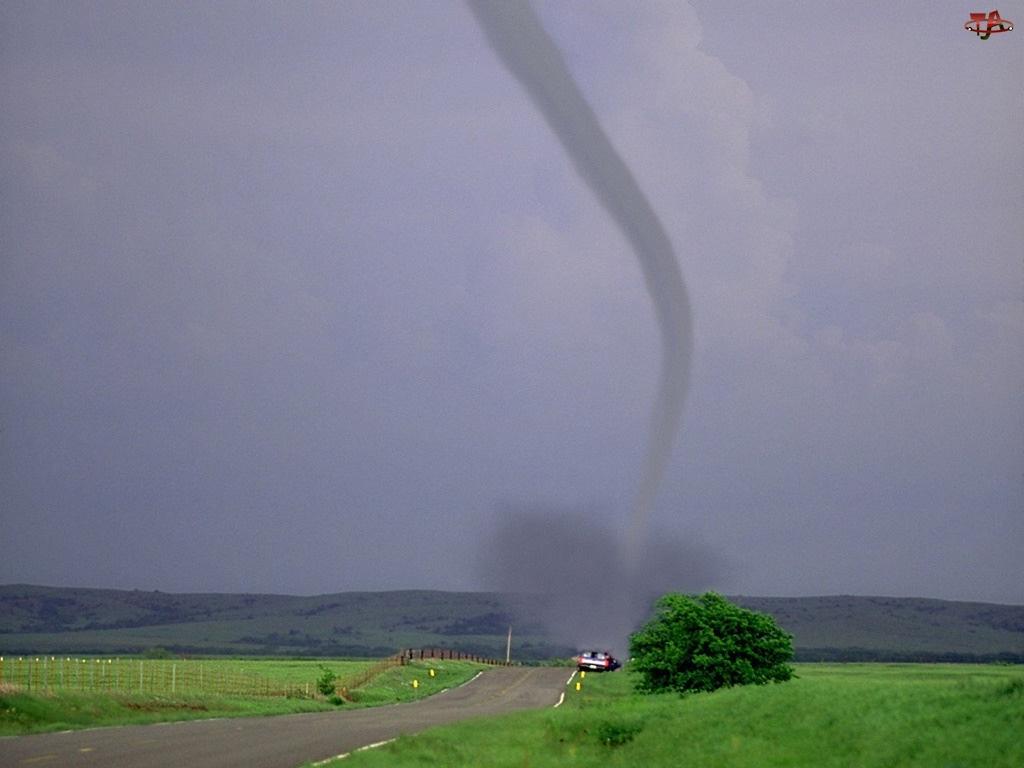 Tornado, Droga