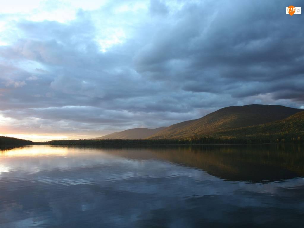 Gór, Jezioro, Odbicie