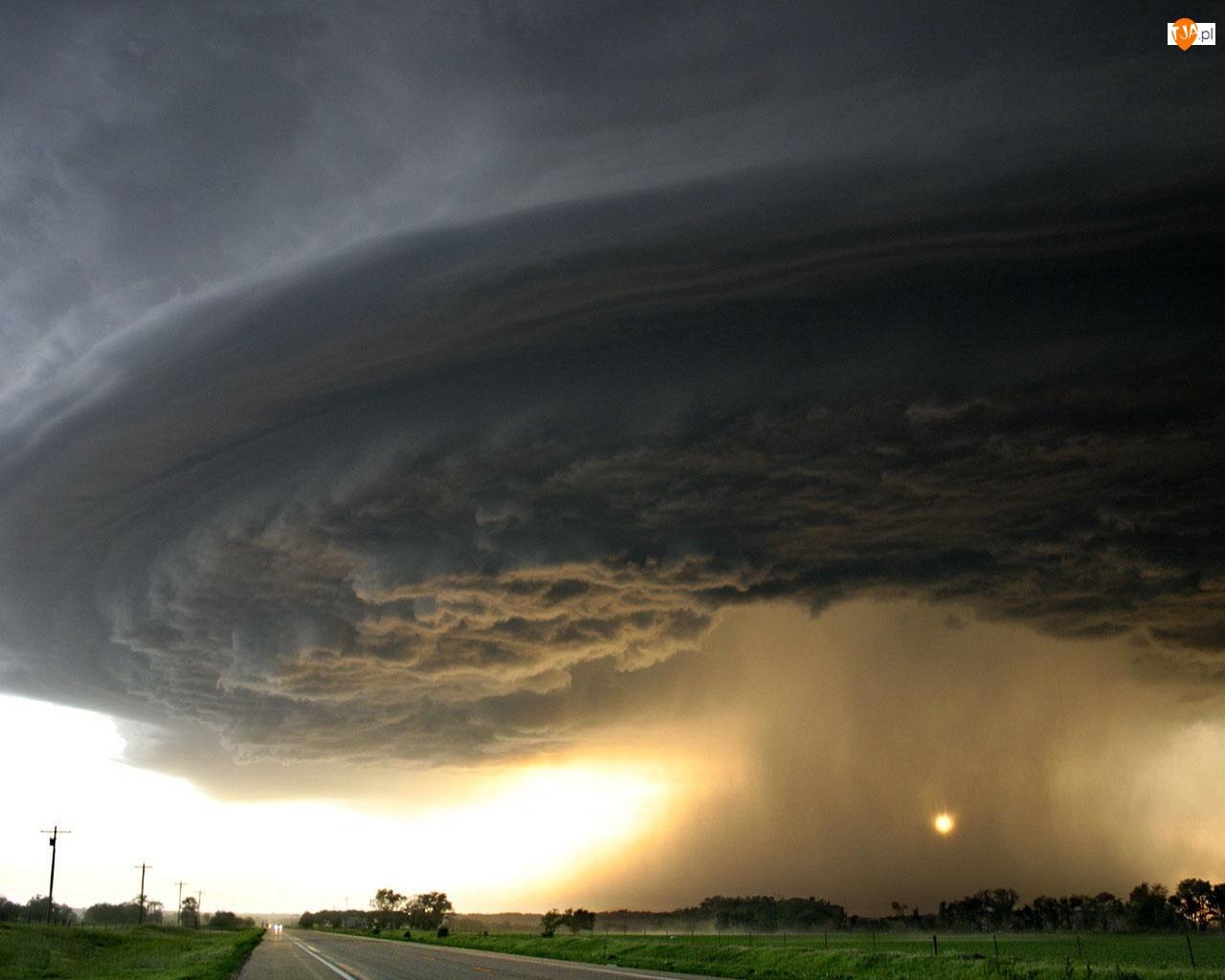 Burza, Tornado, Ulewa, Chmury