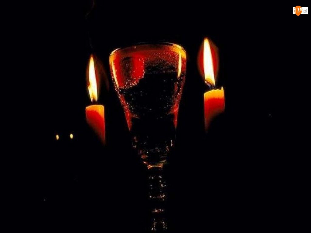 Szampan, świeczki