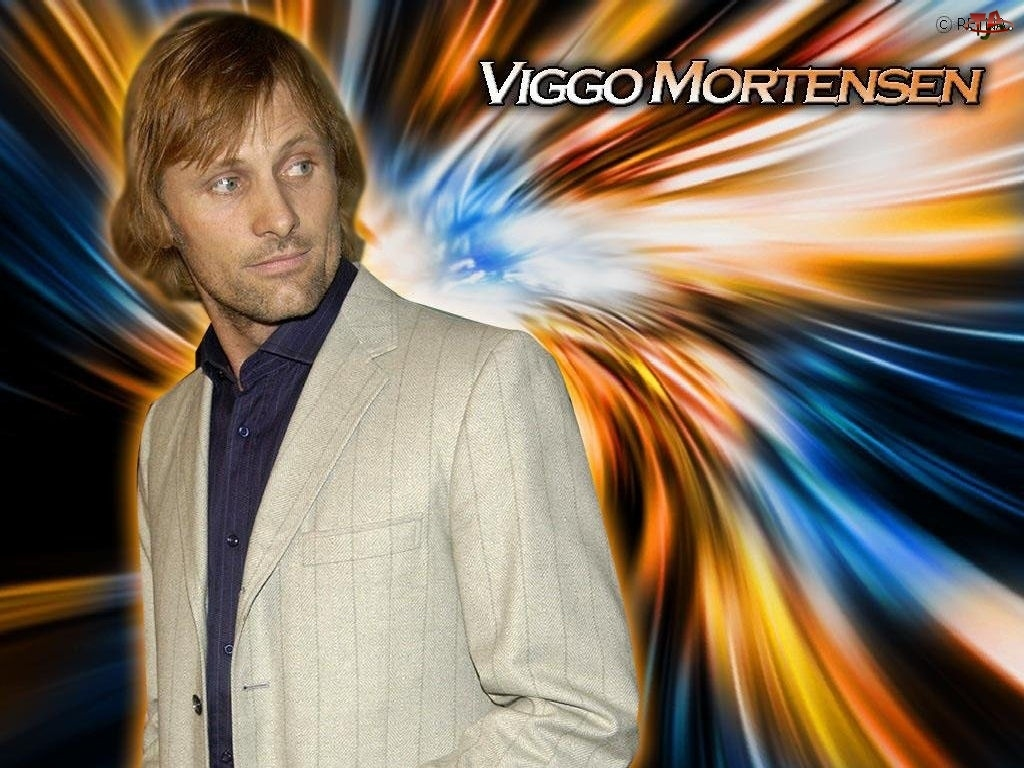 Viggo Mortensen, beżowa marynarka