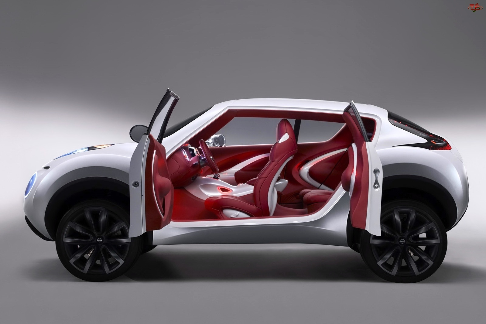 Wnętrze, Nissan Juke, Czerwone