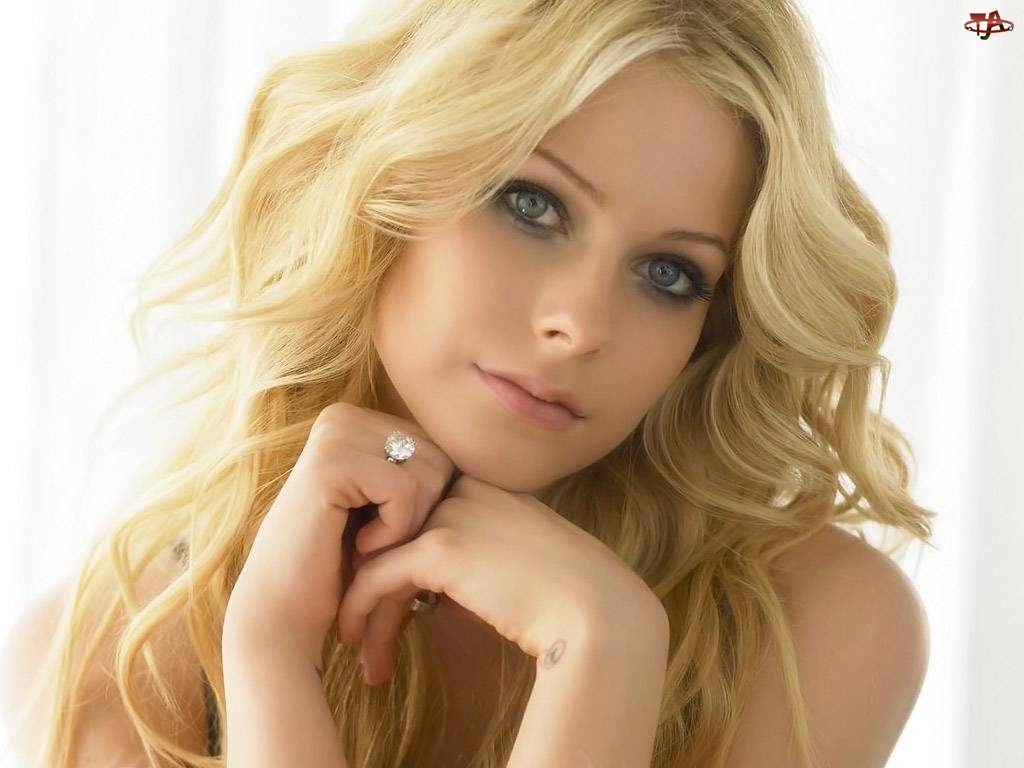 Blondynka, Avril Lavigne