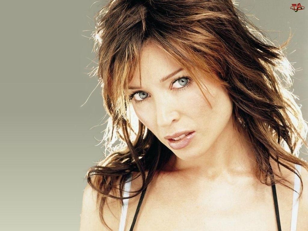 twarz, Dannii Minogue