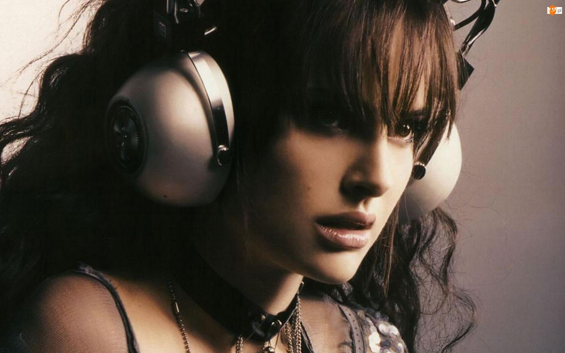 Natalie Portman, Słuchawki