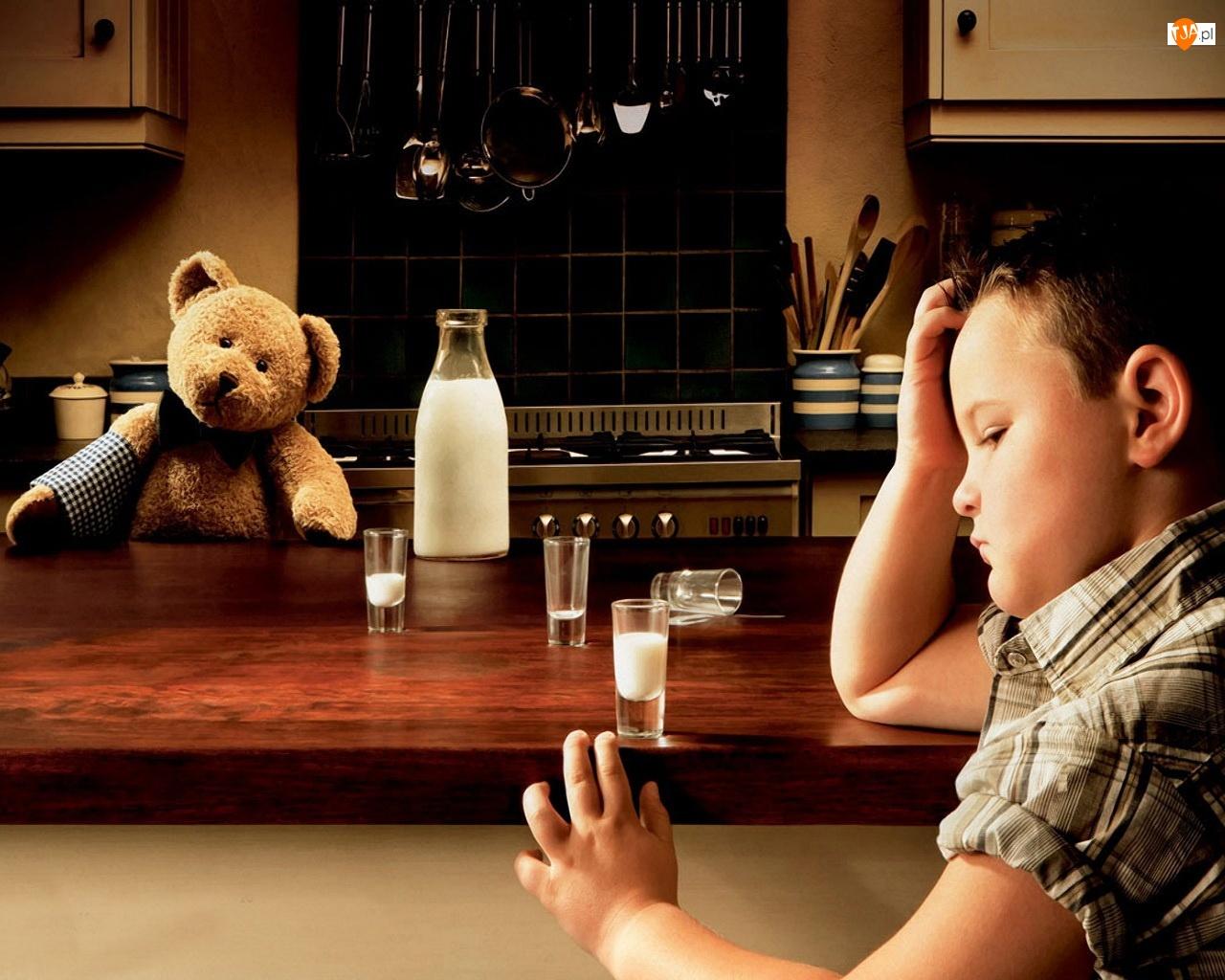 Misiek, Mleko, Barman, Dziecko
