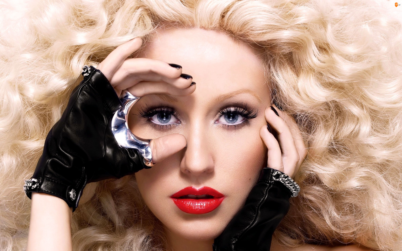 Ręka, Christina Aguilera, Twarz