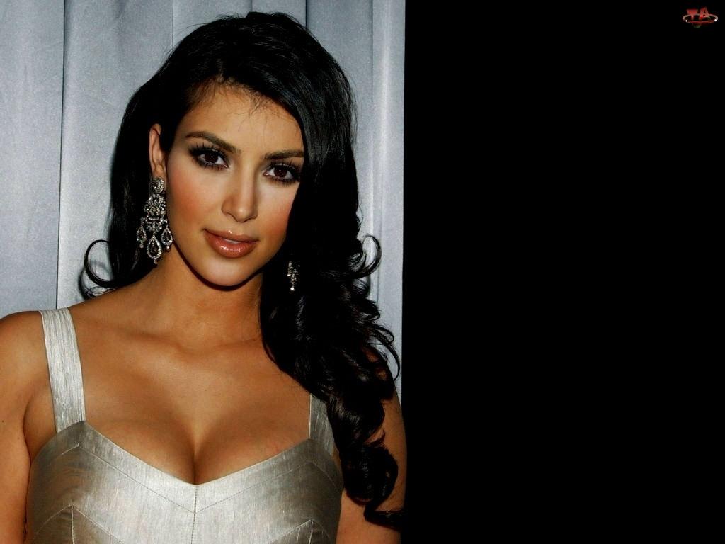 kolczyki, Kim Kardashian, Kobieta