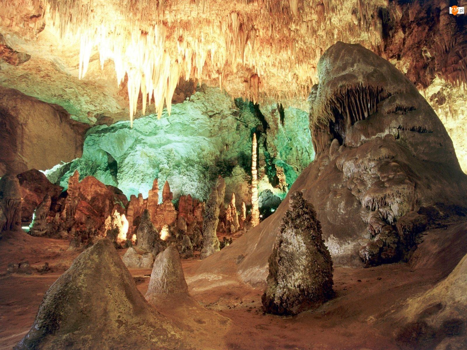 Jaskinia, Światło