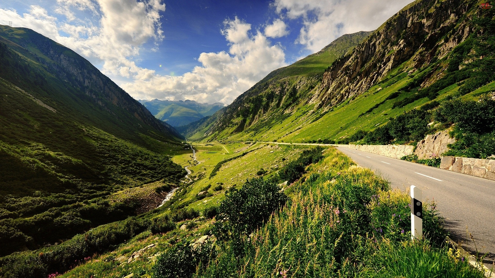 Góry, Trawa, Droga, Chmury