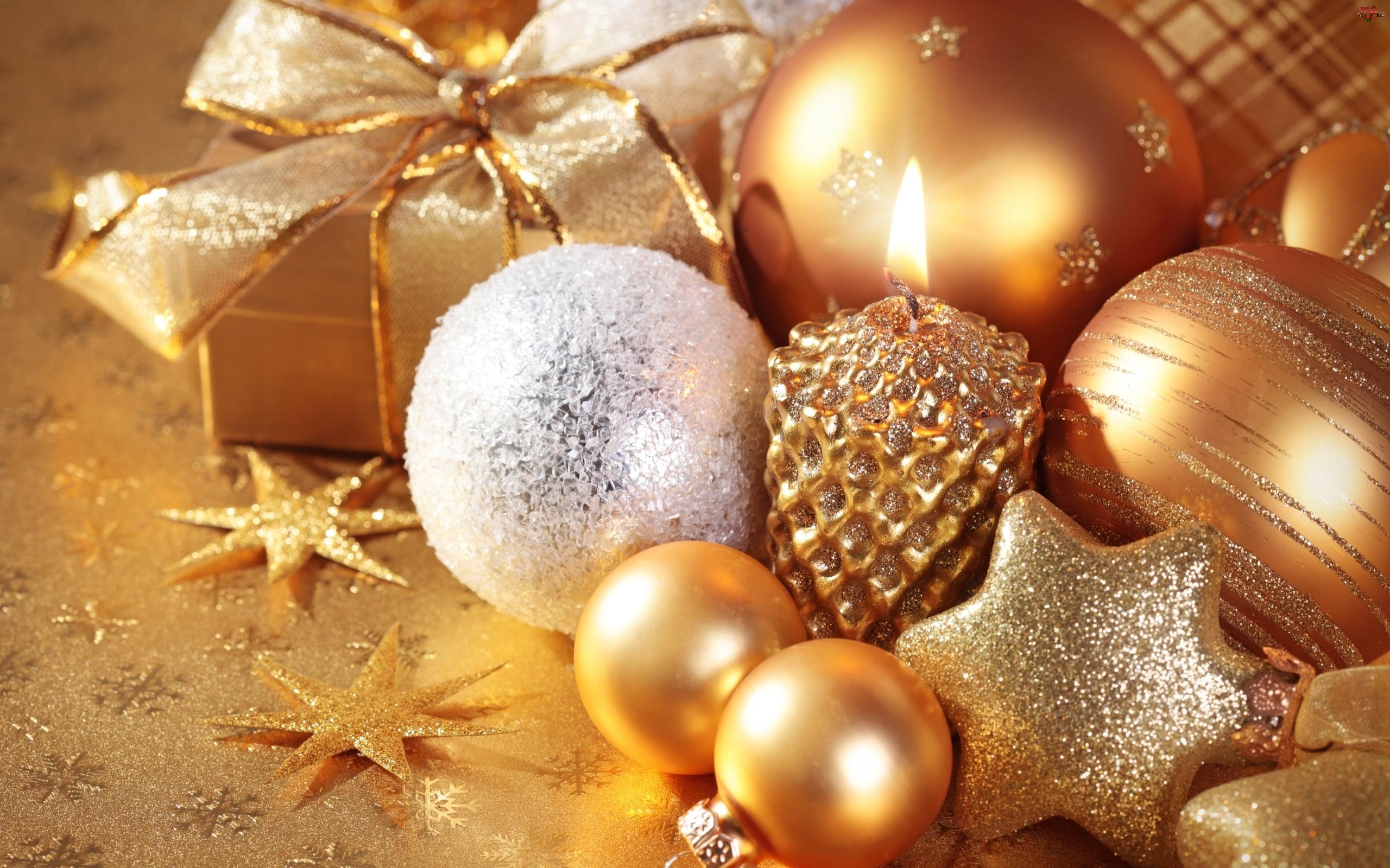 Ozdoby, Świąteczne