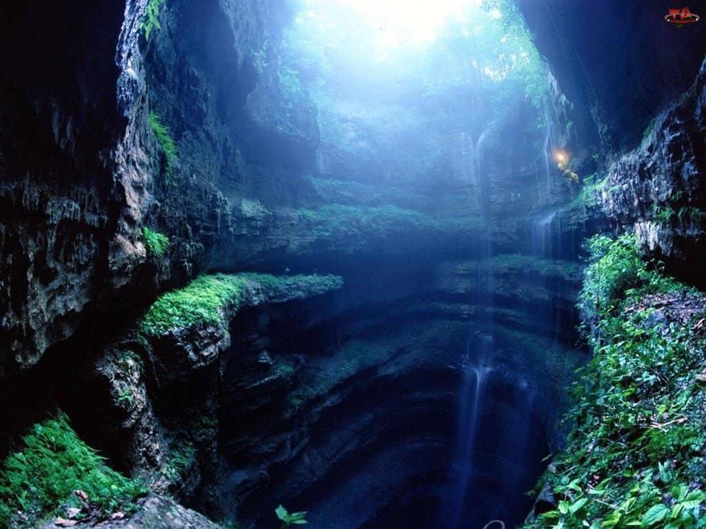 Zarośla, Jaskinia, Wodospad
