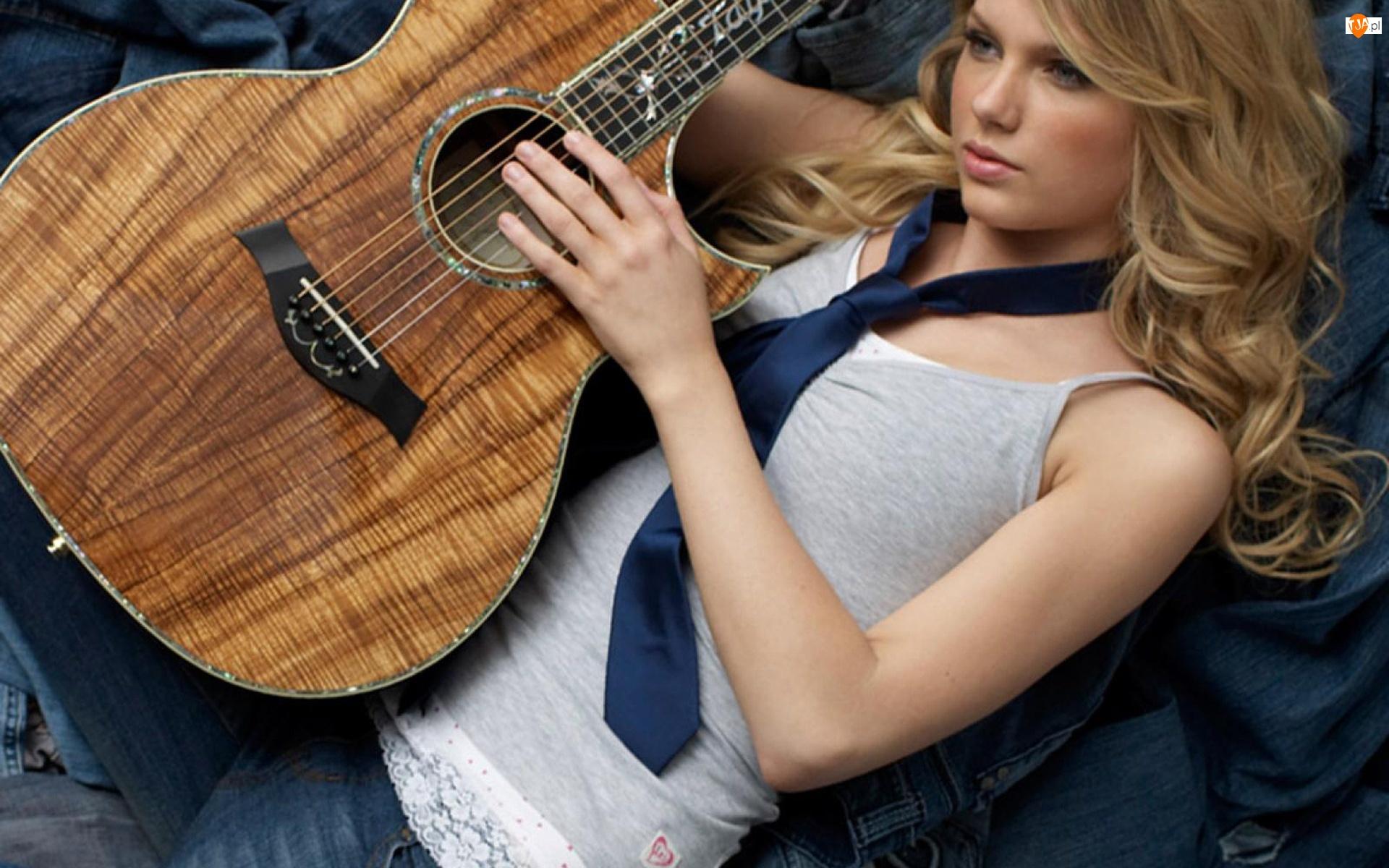 Krawat, Gitara, Kobieta