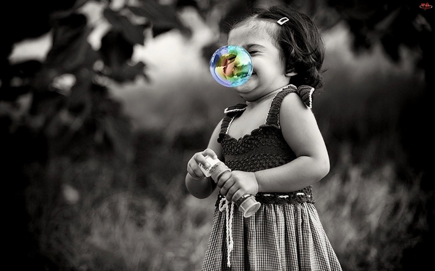 Bańka, Dziewczynka, Kolorowa