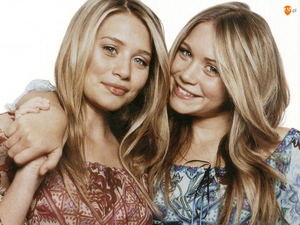 Blizniaczki Olsen, blondynki