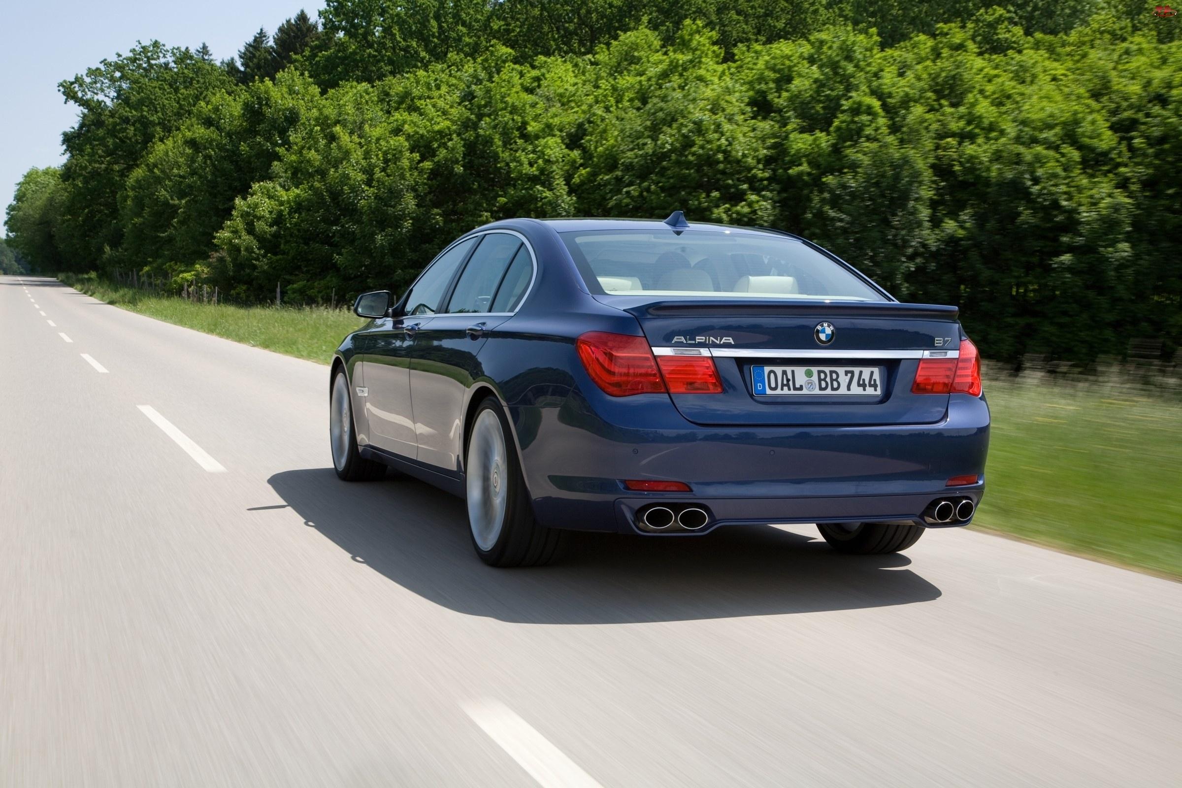 Droga, Alpina, BMW seria 7 F01, B7, Tłumik