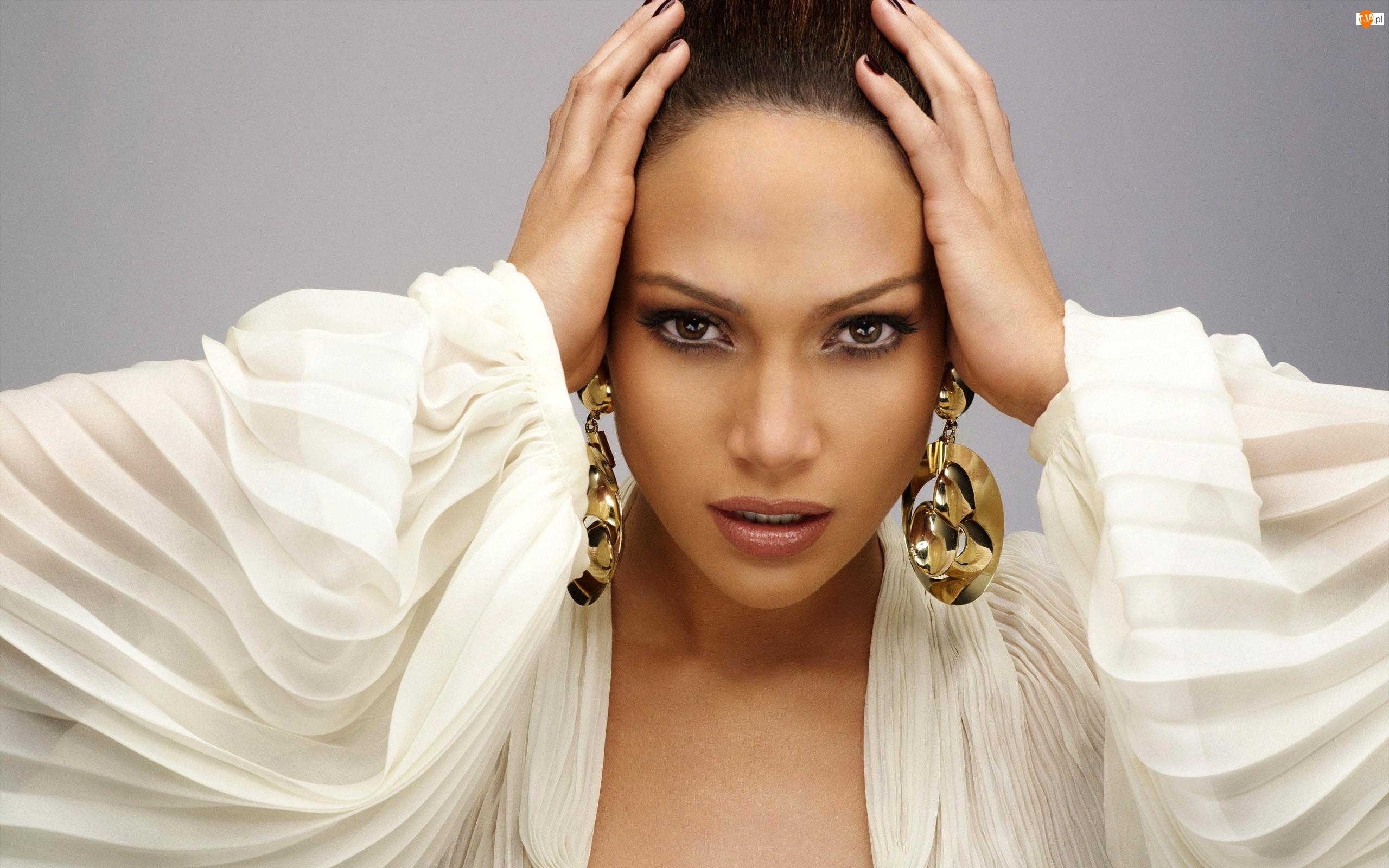 Jennifer Lopez, Rękawy, Kolczyki, Szyfonowe