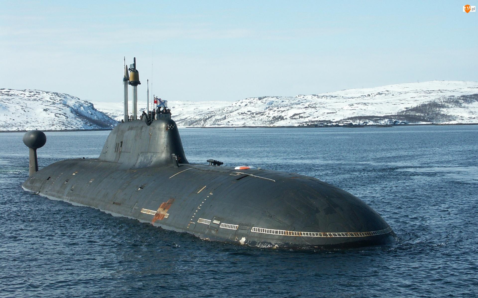 Podwodny, Akuła, Okręt