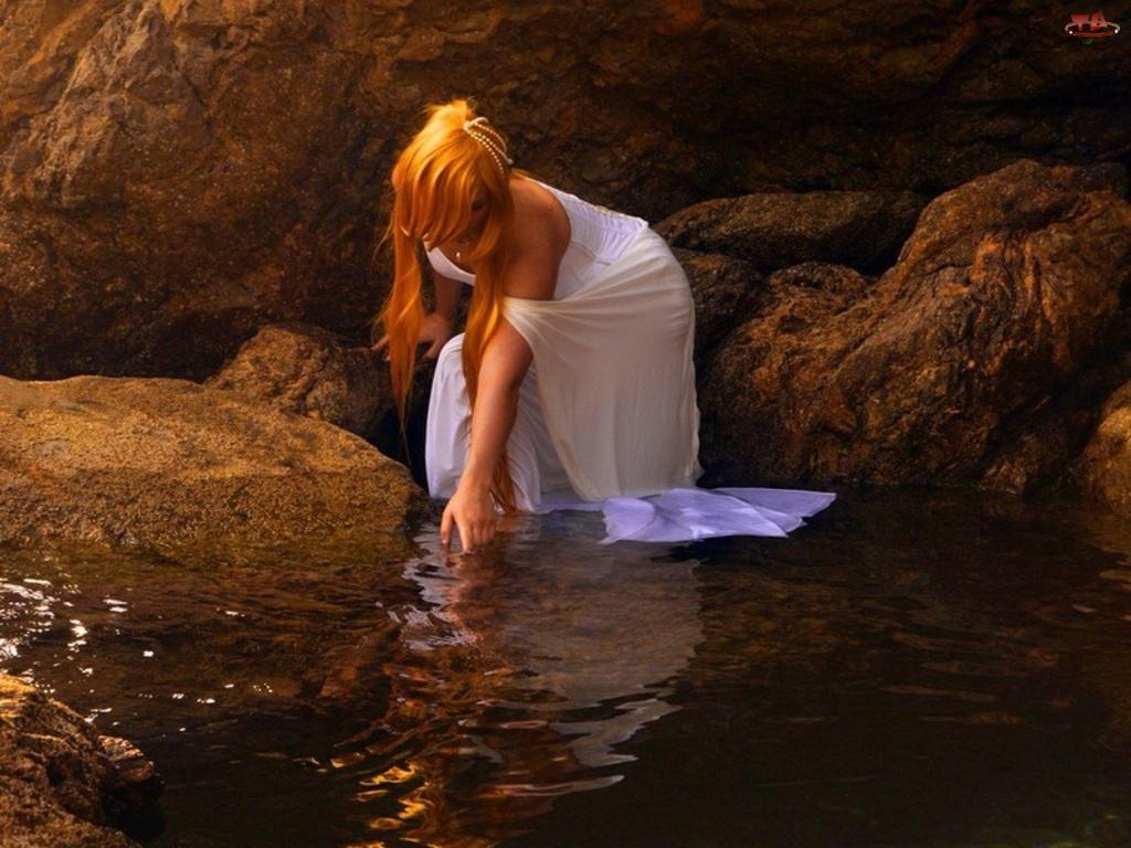 Kobieta, Rzeka